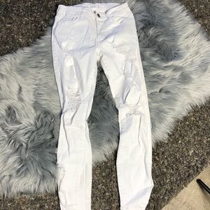 White high waisted white jeans